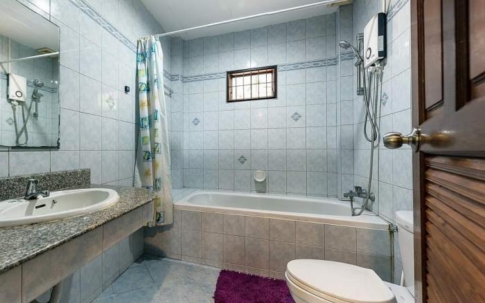 4 Bedrooms Pool Villa in Nai Harn for Rent-Villa-Nai Harn-Rent13.jpg