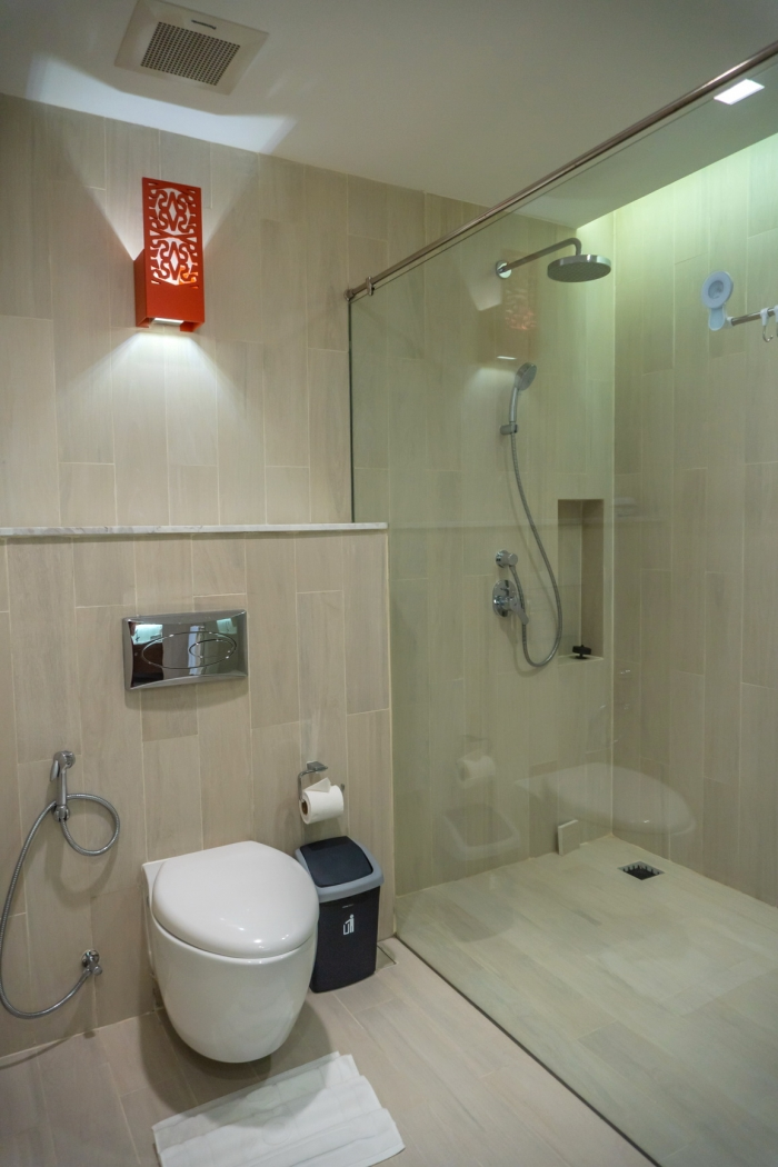 Modern Condominium in Ao Po for Sale-2Bedrooms-Condo-Ao Por-Rent07.jpg