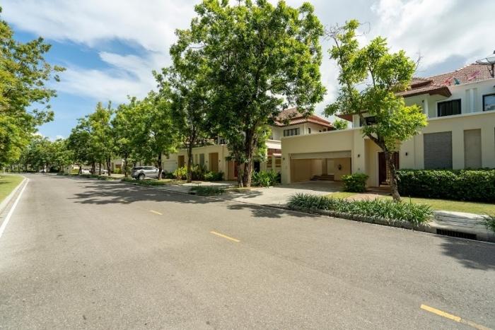 3 Bedrooms Townhouse in Laguna for Rent-3Bedrooms-Townhouse-Laguna-Rent15.JPG