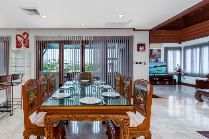 3 Bedrooms Villa in Surin for Rent-Villa-Surin-3Bedrooms-Rent01.jpg