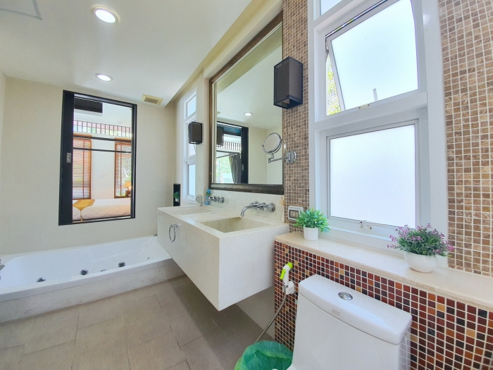4 Bedrooms Pool Villa in Rawai for Rent-4Bedrooms-Villa-Rawai-Rent08.jpeg