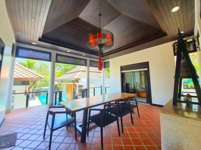 4 Bedrooms Pool Villa in Rawai for Rent-4Bedrooms-Villa-Rawai-Rent16.jpeg