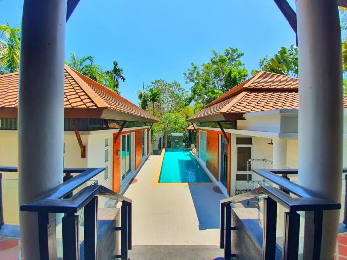 4 Bedrooms Pool Villa in Rawai for Rent-4Bedrooms-Villa-Rawai-Rent17.jpeg
