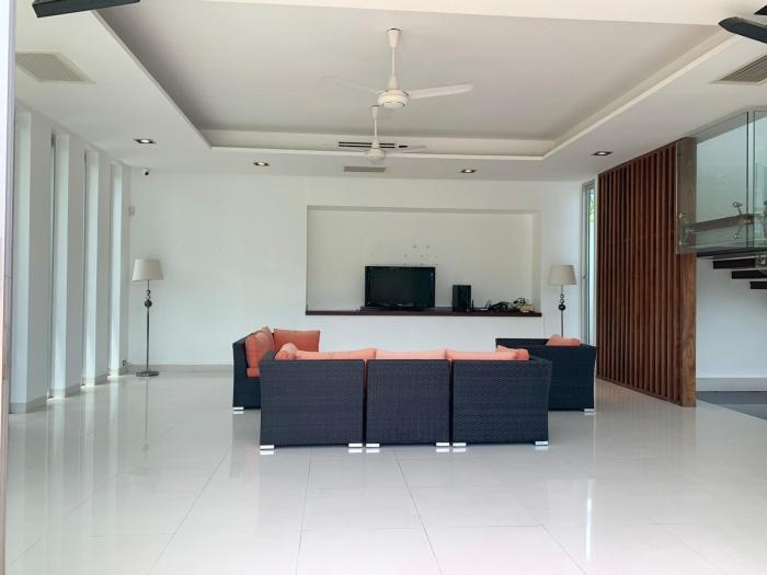4 Bedrooms Villa in Laguna for Rent-4Bedrooms-Villa-Laguna-Rent04.jpg