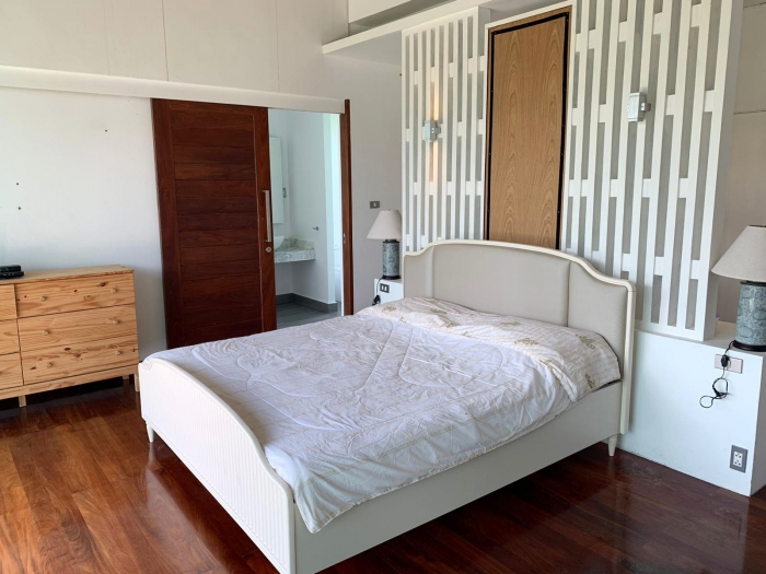 4 Bedrooms Villa in Laguna for Rent-4Bedrooms-Villa-Laguna-Rent13.jpg