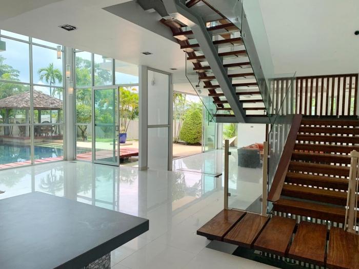 4 Bedrooms Villa in Laguna for Rent-4Bedrooms-Villa-Laguna-Rent07.jpg