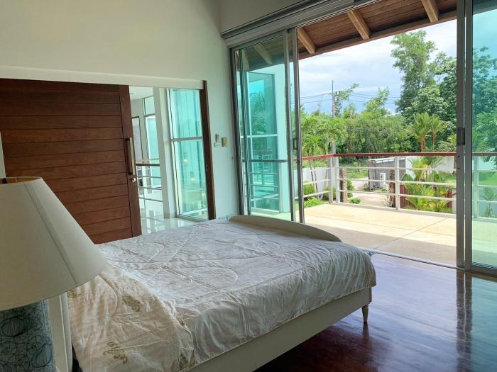 4 Bedrooms Villa in Laguna for Rent-4Bedrooms-Villa-Laguna-Rent17.jpg