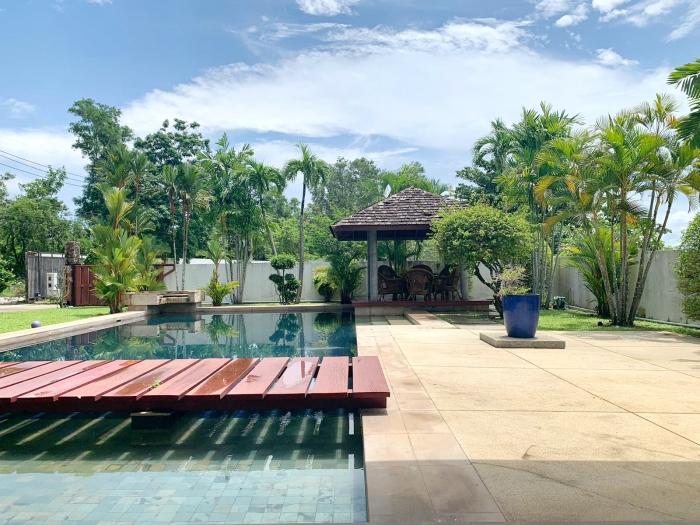 4 Bedrooms Villa in Laguna for Rent-4Bedrooms-Villa-Laguna-Rent03.jpg