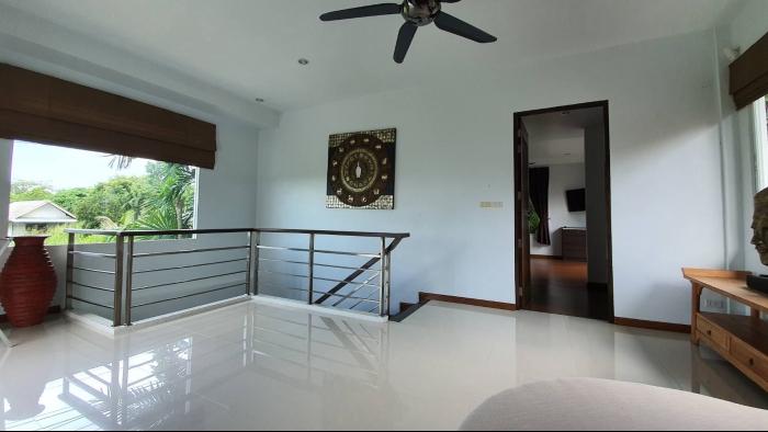3 Bedrooms Villa in Nai Harn for Rent-3Bedrooms-Villa-Naiharn-Rent01.jpg