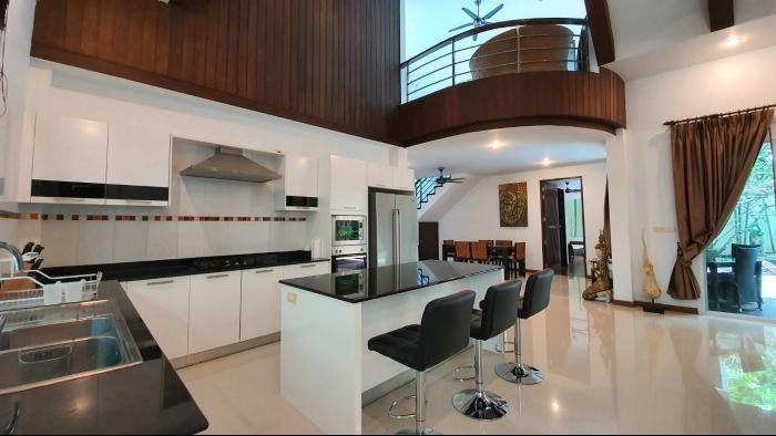3 Bedrooms Villa in Nai Harn for Rent-3Bedrooms-Villa-Naiharn-Rent27.jpg