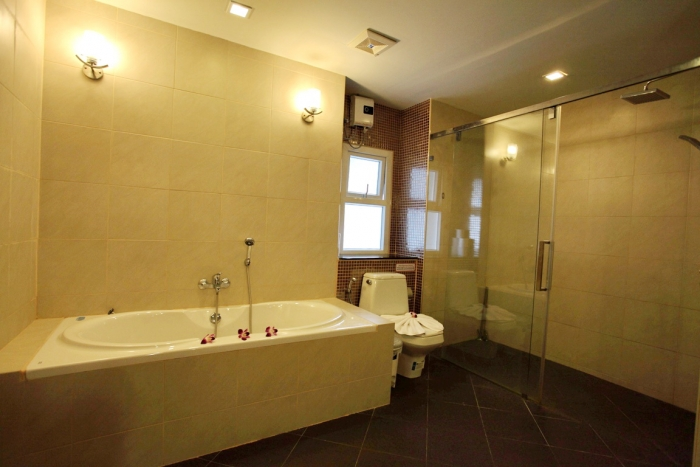 Modern Apartment in Patong for Rent-2Bedrooms-Apartment-Patong-Rent05.JPG