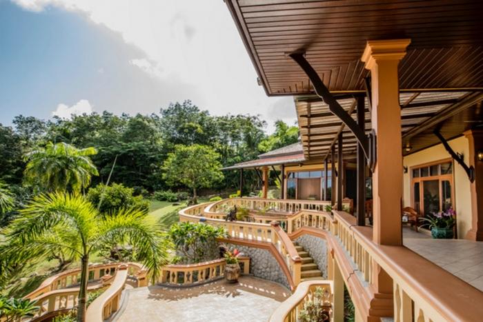 Luxury Thai Style Villa in Layan for Rent-15.jpg