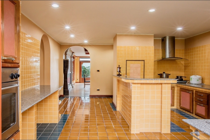 Luxury Thai Style Villa in Layan for Rent-19.jpg