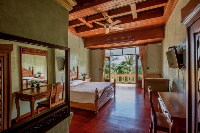 Luxury Thai Style Villa in Layan for Rent-2(1).jpg