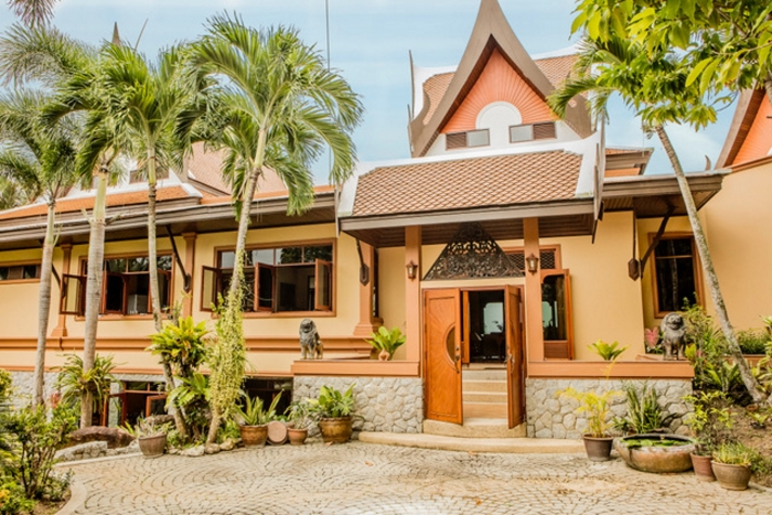 Luxury Thai Style Villa in Layan for Rent-3(1).jpg