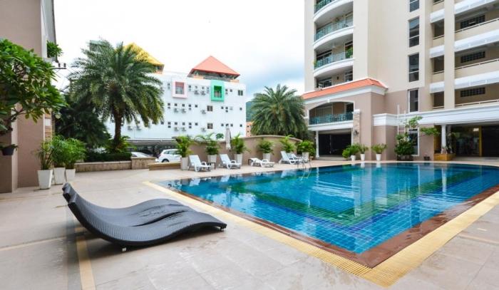 2 Bedroom Condominium in Patong for Rent-6(1).jpg