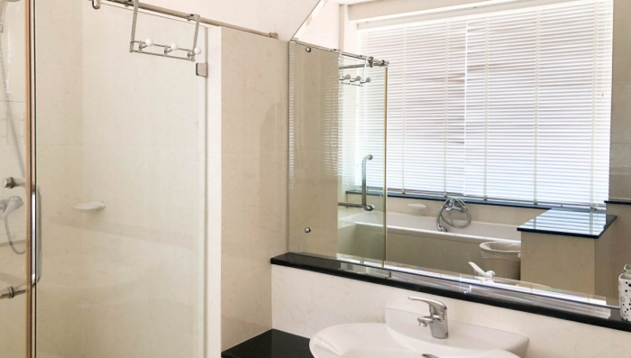 2 Bedroom Condominium in Patong for Rent-25.jpg