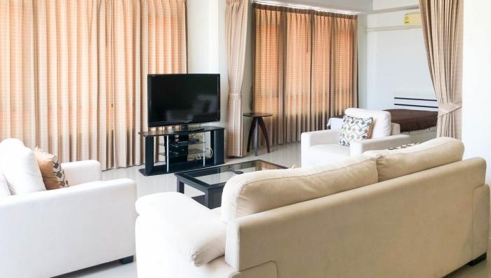2 Bedroom Condominium in Patong for Rent-3(1).jpg