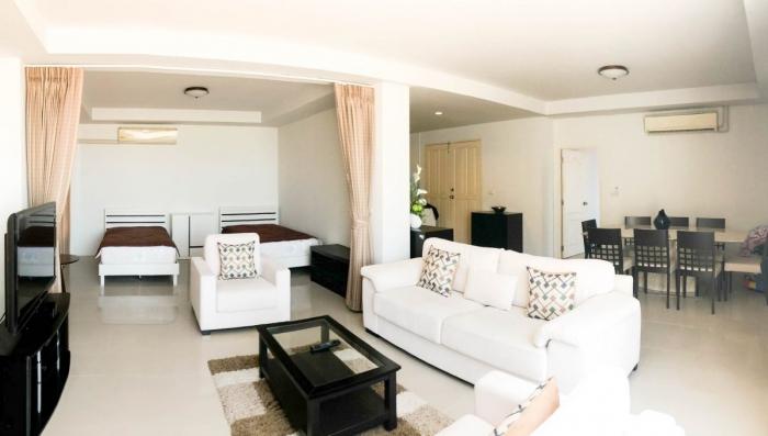 2 Bedroom Condominium in Patong for Rent-22.jpg