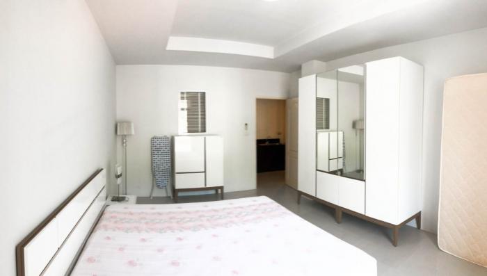 2 Bedroom Condominium in Patong for Rent-17.jpg