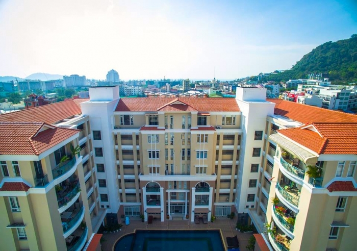 3 Bedroom Condominium in Patong for Sale-7(1).jpg