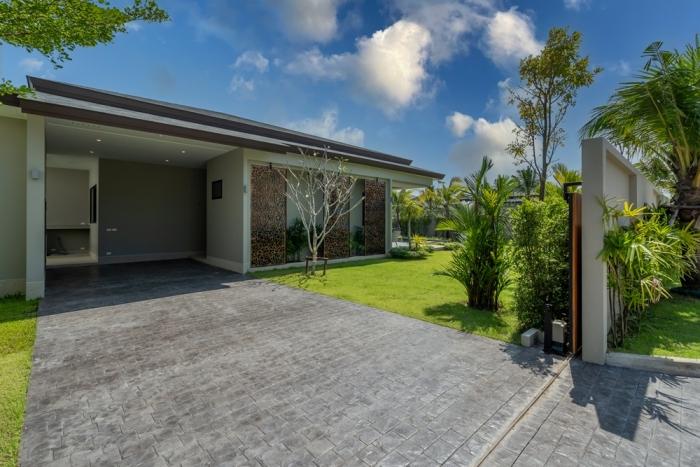 Tropical Pool Villa in Layan for Sale-3bedrooms-Villa-Layan-Sale30.JPG