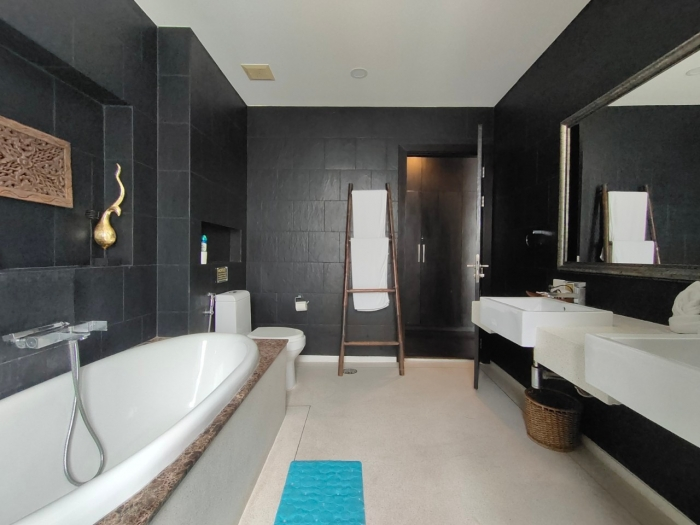 4 Bedroom Pool Villa in Chalong for Sale-13.jpg