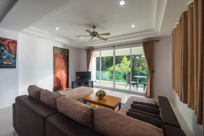 Sea view house in Karon for rent-6(1).jpg