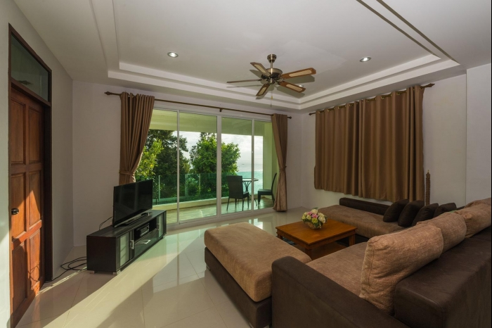 Sea view house in Karon for rent-16.jpg