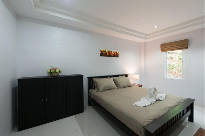 Sea view house in Karon for rent-3(1).jpg