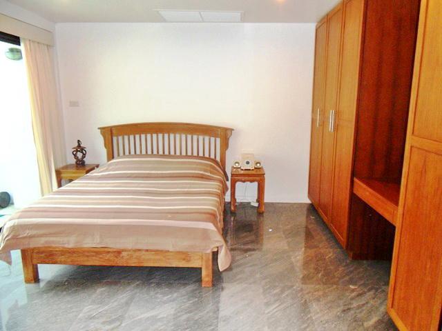 Private Cozy Villa in Kathu for Sale-H.JPG