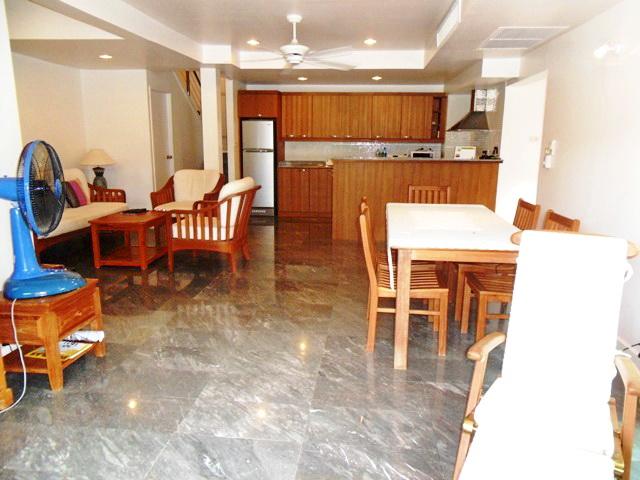 Private Cozy Villa in Kathu for Sale-E.JPG