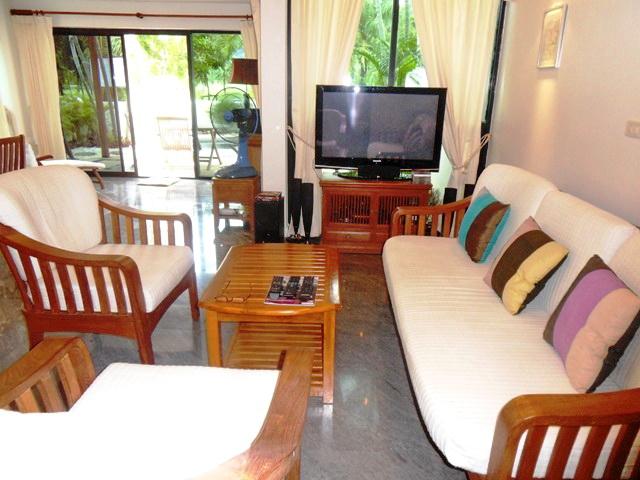 Private Cozy Villa in Kathu for Sale-C.JPG