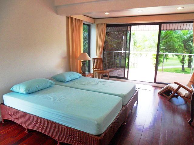 Private Cozy Villa in Kathu for Sale-I.JPG