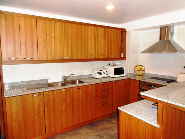 Private Cozy Villa in Kathu for Sale-EE.JPG
