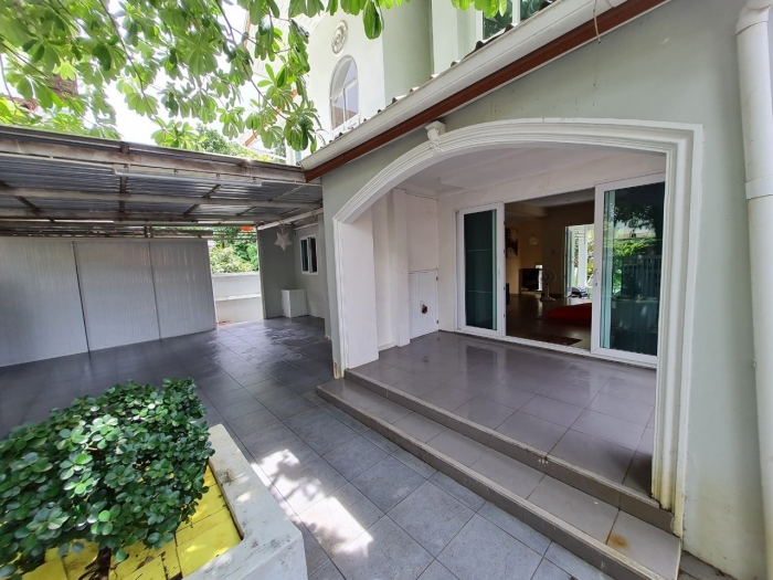 Stylish House in Kathu for Sale-13.jpg