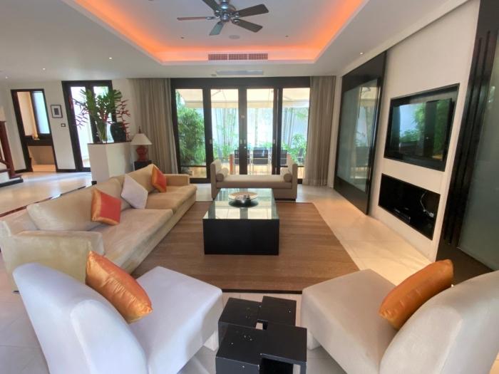 4 Bedroom Villa in Layan for Rent-19.jpg