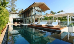 Phuket Tropical Property - Luxury Villa in Beachfront Estate