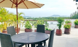 Phuket Tropical Property - Spacious sea view apartment for sale