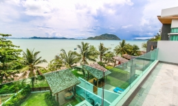 Phuket Tropical Property - Absolute beach front villa in Rawai for Sale