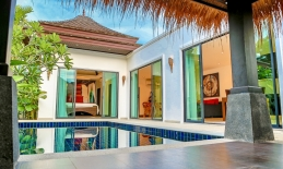 Phuket Tropical Property - Luxurious Pool Villa For Sale
